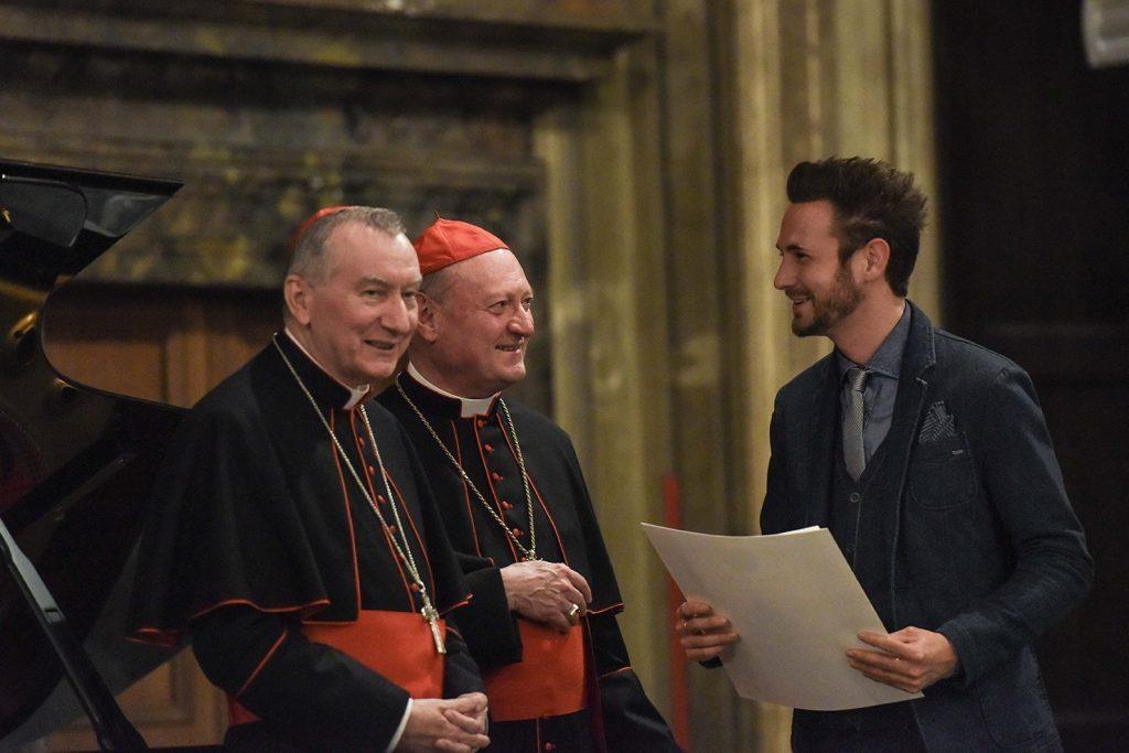 Francesco Lorenzi premiato da Papa Francesco