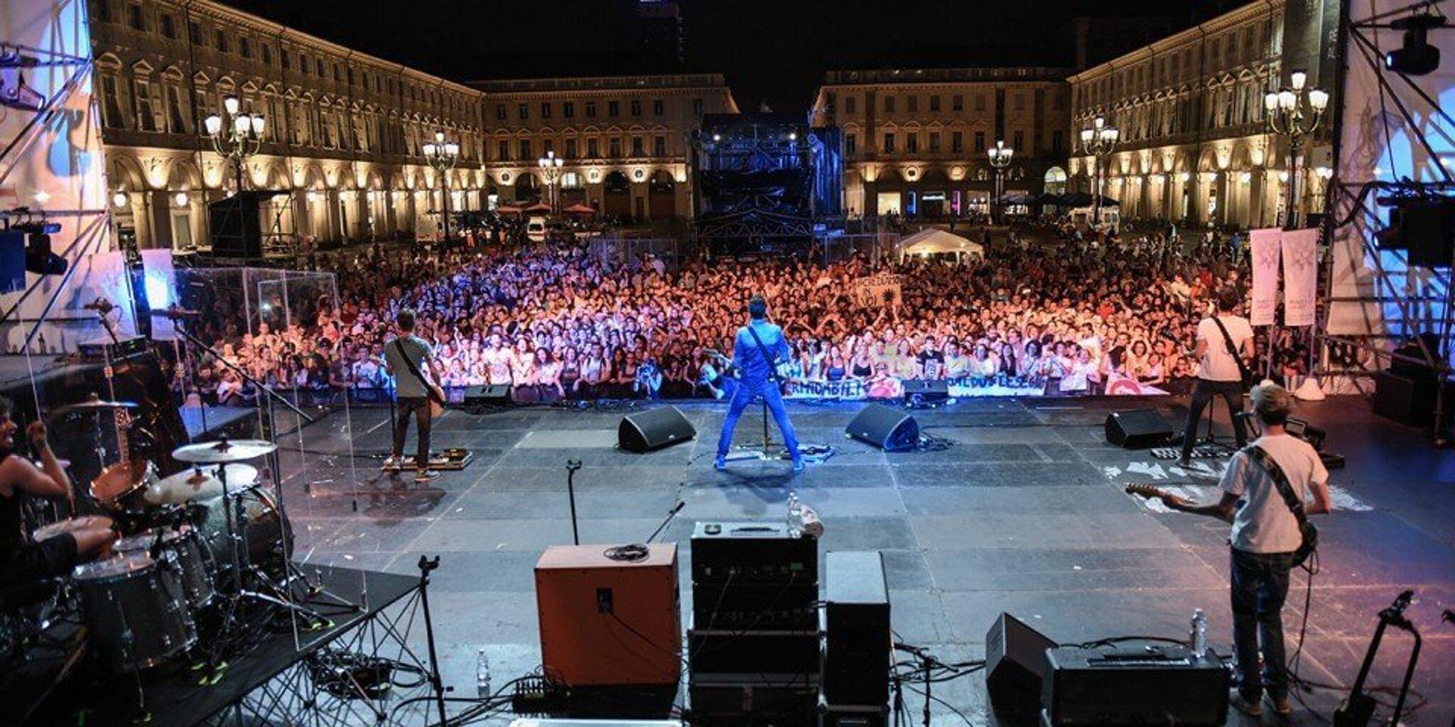 The-Sun-live-Torino