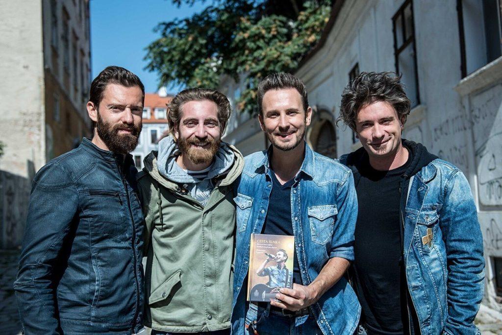 The Sun rock band La strada del Sole Il libro di Francesco Lorenzi