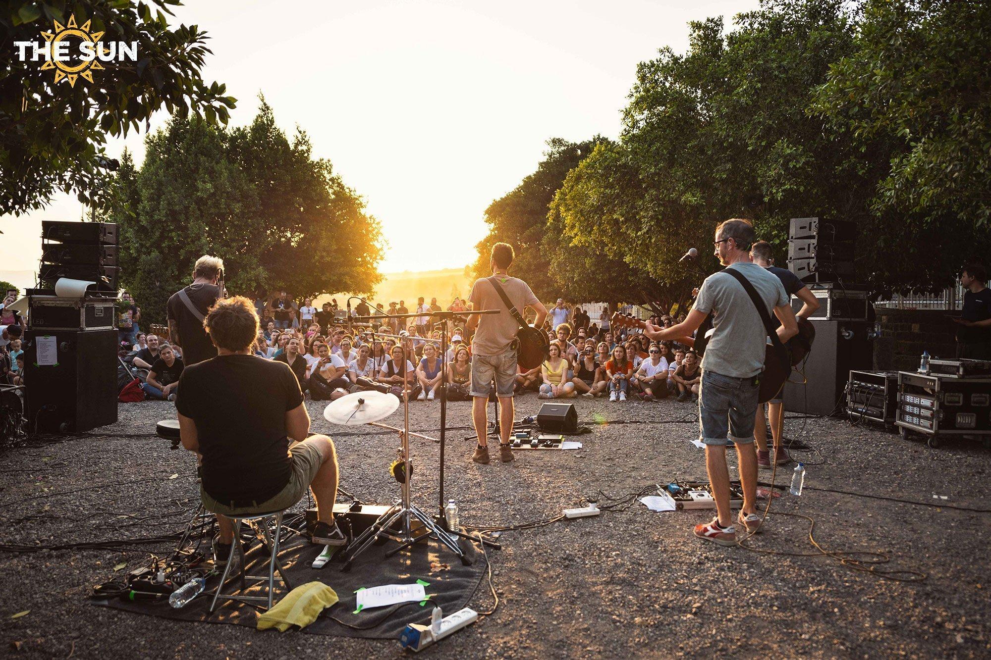 the sun in concerto a cafarnao